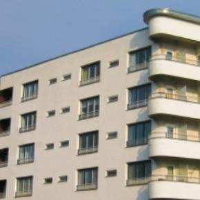 Condominio e regole cosa si rischia gettando oggetti sul balcone di sotto for Regole di condominio