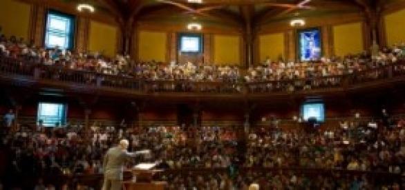 Harvard colocó cámaras en sus auditorios.