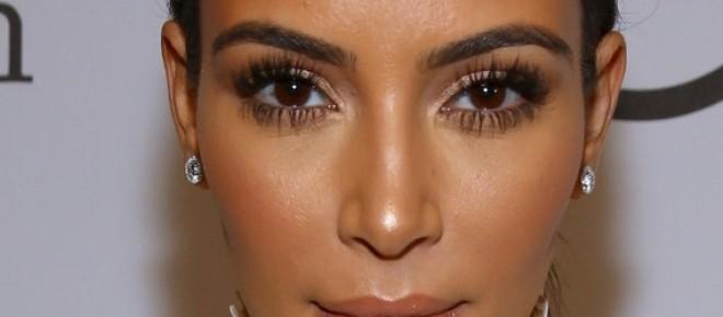 Kim Kardashian para a Paper Magazine
