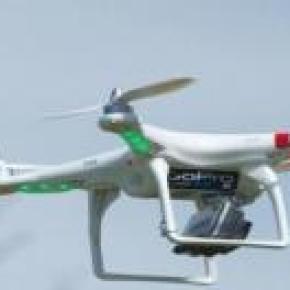 Drone con una camara GoPro