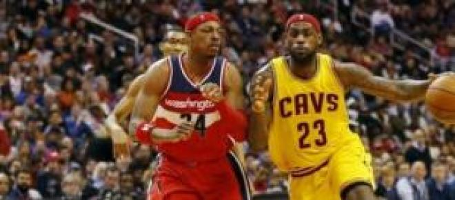 James defendido por Paul Pierce