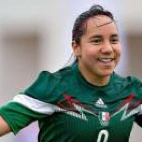 Charlyn Corral, la mejor jugadora del partido