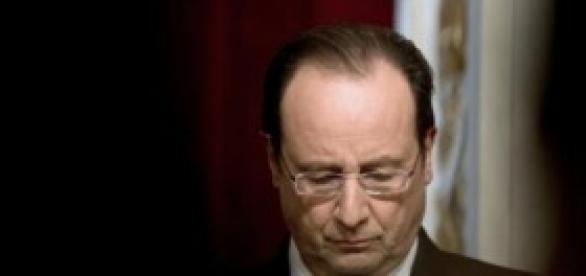Lourdement taclé,  que reste-t-il  à F.Hollande?