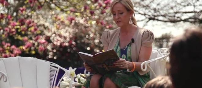 J. K. Rowling, autora dos livros Harry Potter
