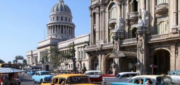 La Habana, con sus coches norteamericanos