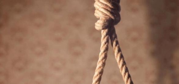 La peine de mort par pendaison encore légale.