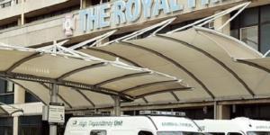 Enfermera con ébola es tratada en Londres.