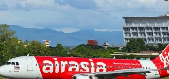 Air Asia Airbus 320 similar to the crashed plane