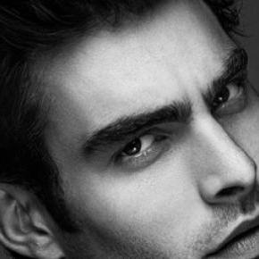 Jon Kortajarena, a handsome model