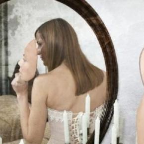 La vanidad como búsqueda de aceptación