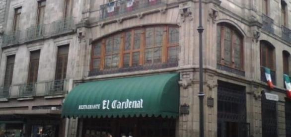 A metros de Zócalo está el restaurante El Cardenal