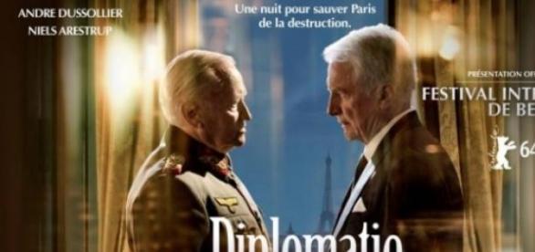 Dussolier et Arestrup, Diplomatie