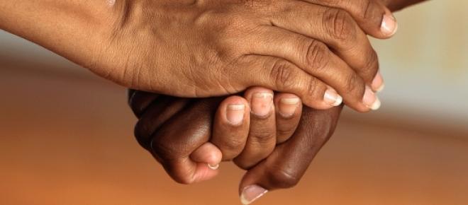 Das minhas mãos saía uma energia forte e curativa