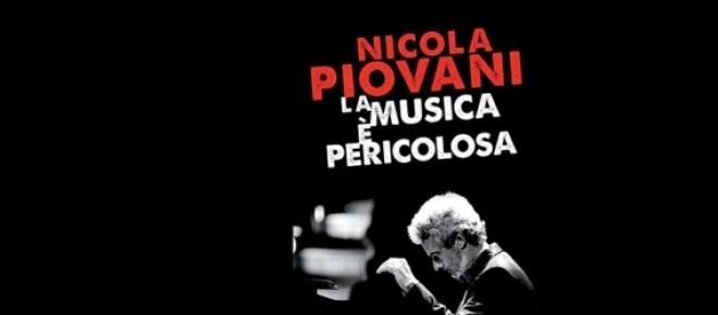"""<p lang=""""it-IT"""" style=""""margin-bottom: 0cm;"""">""""La musica èpericolosa"""" il volume autobiografico del Maestro Nicola Piovani</p>"""