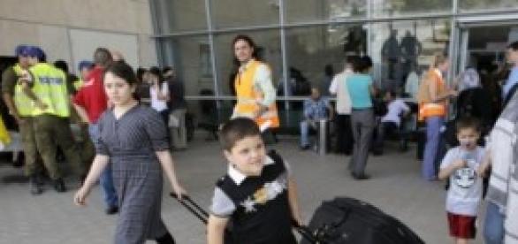 Palestinians Flee North of Gaza