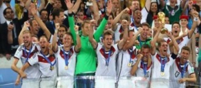 Η Γερμανία κατακτά το Παγκόσμιο Κύπελλο.
