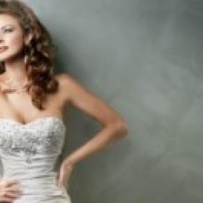 eligiendo trajes de novia.