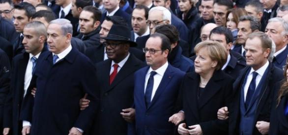 Marche 'je suis charlie' - president hollande