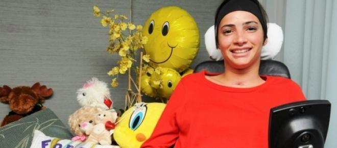 Laís Souza se recupera de acidente