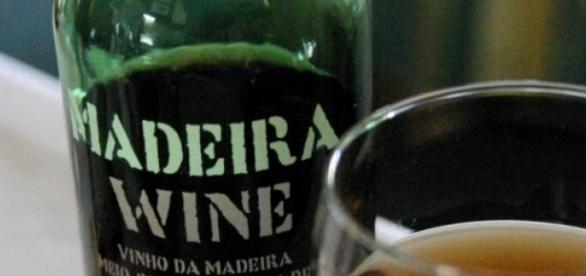 O Vinho da Madeira é apreciado pelos ingleses.