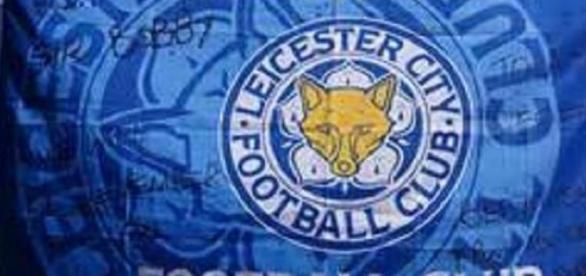 Leicester through after Vorm's last minute howler