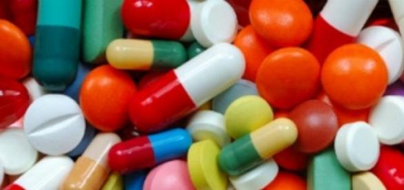 Muitos destes medicamentos são obtidos sem receita