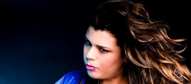Modelo plus size Sanny Ferreira