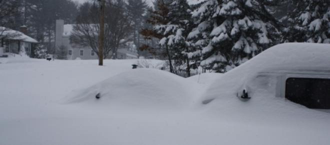 Der Winter hat Deutschland fest im Griff. Das Schneechaos sorgte in weiten Teilen Deutschlands für zahlreiche Unfälle. Bei einem Lawinenunglück im Schwarzwald sind zwei Menschenleben zu beklagen.
