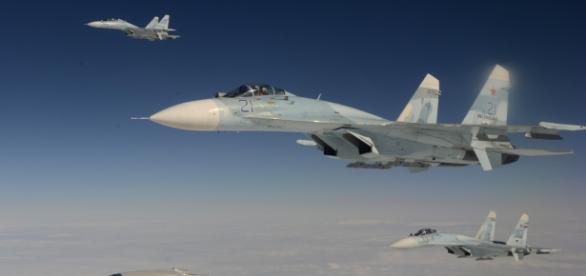 Avioane Su-27 în misiune de luptă