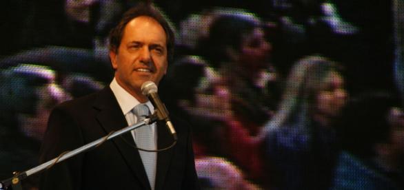 Daniel Scioli no debatirá el domingo