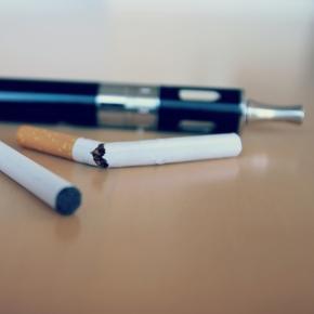 """Werden """"Dampfer"""" automatisch zu Rauchern?"""