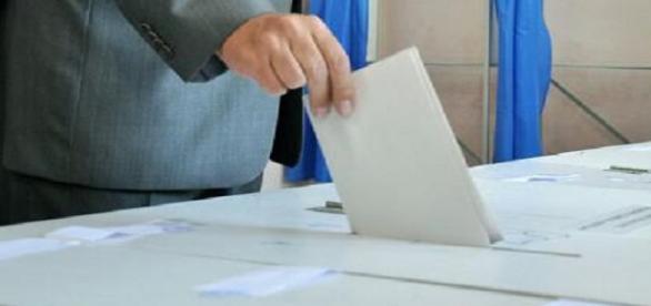 Votul prin corespondență este soluția ideală