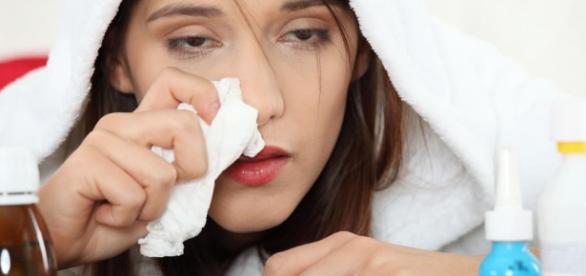 Zarówno przeziębienie, jak grypa mocno męczą