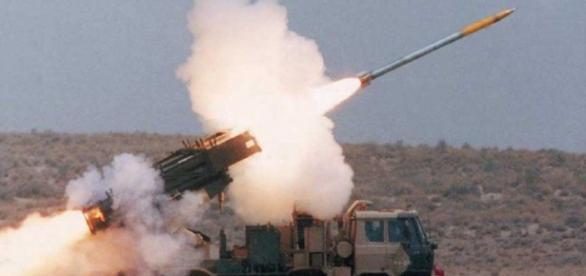 Aruncătorul de rachete TOS-1A în misiune de luptă
