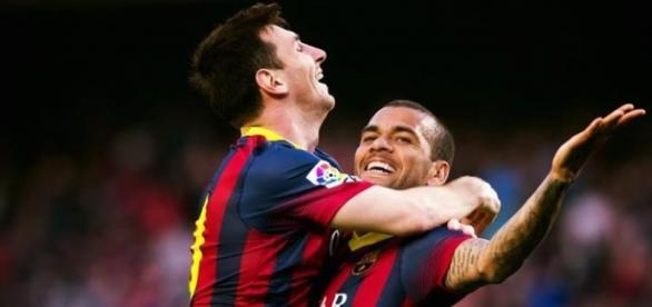 Lionel Messi und Daniel Alves vom FC Barcelona