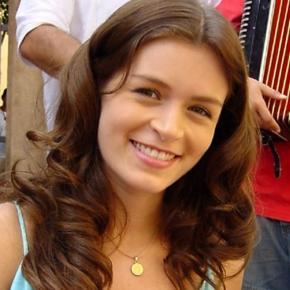 Bianca Castanho terá programa infantil no SBT