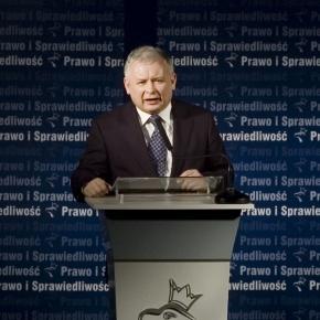 Kaczyński obwieszcza rewolucję oświatową.
