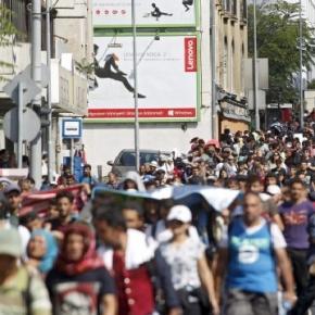 Refugiaţii se întorc în ţara natală