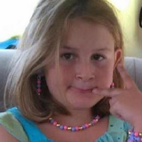 Fetiţă ucisă de un vecin după o ceartă între copii