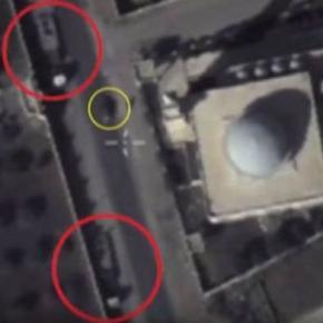 Imagini din dronă cu blindate ISIS lângă o moschee