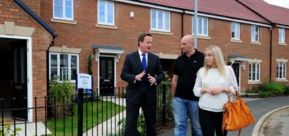 David Cameron propune o politică imobiliară dură