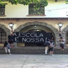 Estudantes se manifestam em São Paulo