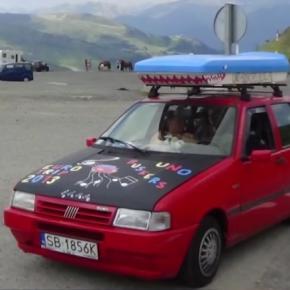 """Niezwykłe przygody """"zwykłego"""" auta"""