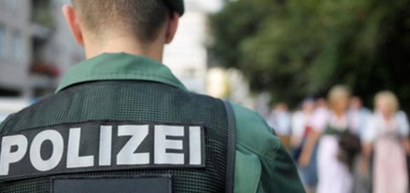 Poliția germană caută un criminal sângeros