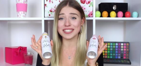 Hier zeigt BibisBeatyPalace ihre eigenen Produkte.