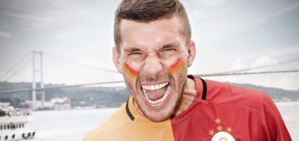 Lukas Podolski glücklich bei Galatasaray