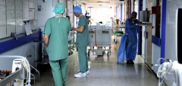 Em questão está o vencimento dos enfermeiros.