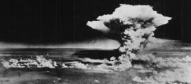 Isis e Al Quaeda preparano la bomba atomica: dichiarazioni e tweet di Cameron