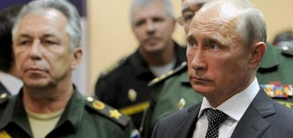 Vladimir Putin - activ pe frontul din Siria