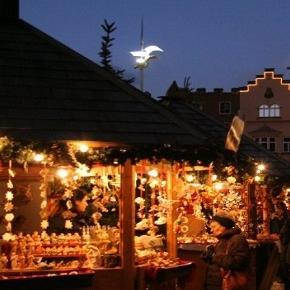 Orari mercatini di natale 2015 in trentino a trento for Orari apertura negozi trento